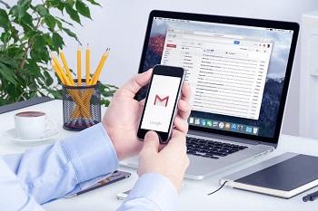 چگونه رزومه خود را ایمیل کنید.